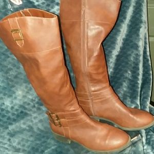 American Eagle Woman's Boots